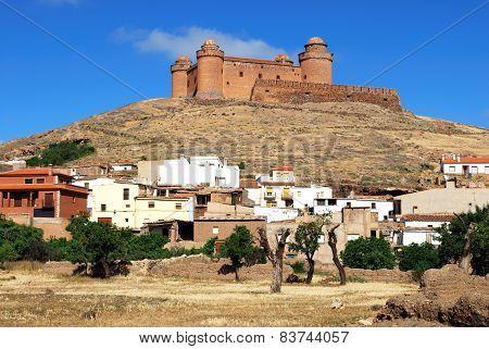 La Calahorra castle and town.