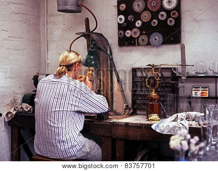 Glass engraver, Dudley.