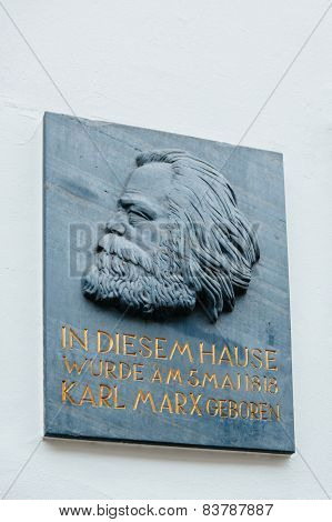 Commemorative Plaque - Karl Marx House
