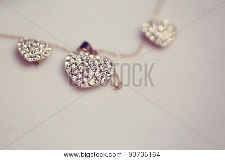 Heart Shaped Neck Chain With Crystals