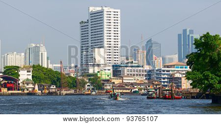 Mae Nam Chao Phraya river with water public transport. Bangkok