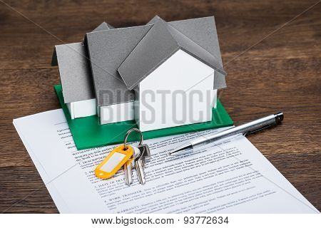 House Model And Contract Paper