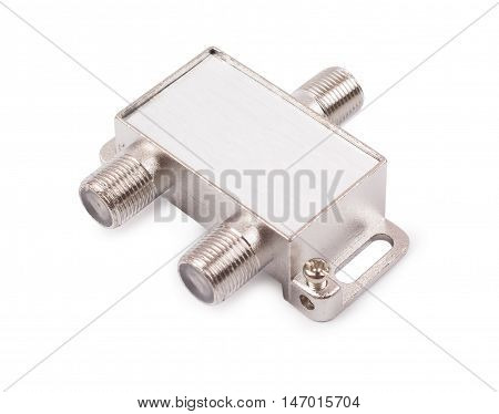 Splitter for an antenna cable isolated d