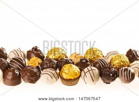 Assorted chocolate candies / pralines / truffles