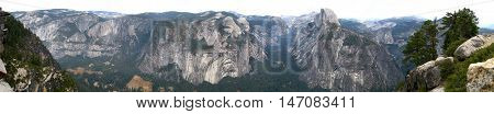 Yosemite National Park wide panoramic view from Glacier point (California, USA)