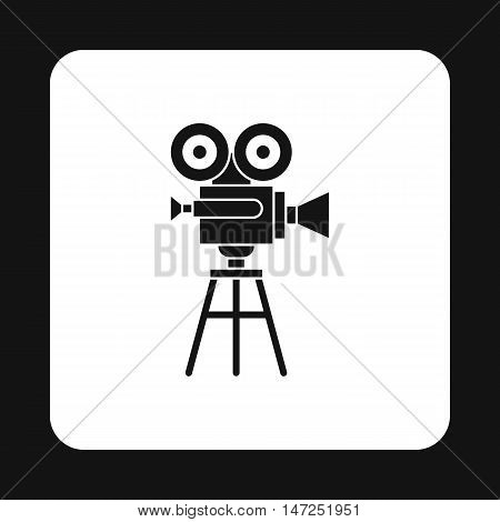 Retro cinema camera icon in simple style on a white background vector illustration