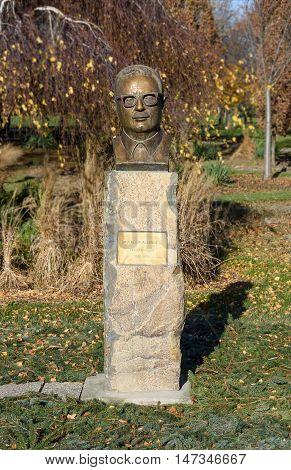 Statue of Salvador Allende in Vienna, Austria