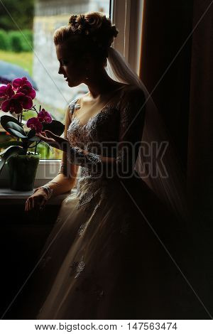 Pretty Bride Girl With Flower Bouquet
