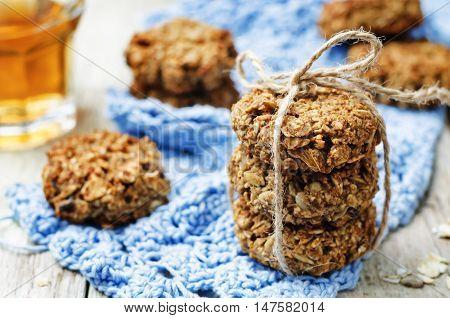banana oat sunflower seeds vegan breakfast cookies