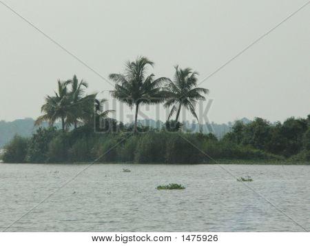Pallippuram Island