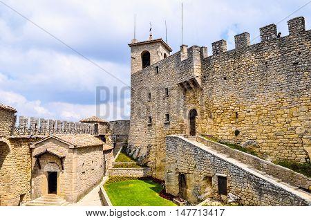 Hdr Rocca Guaita San Marino