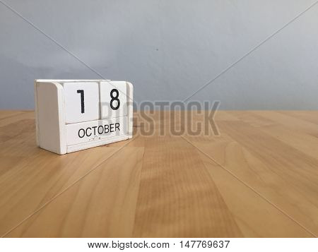 October 18Th.october 18 White Wooden Calendar On Vintage Wood Abstract Background.autumn Day.copyspa
