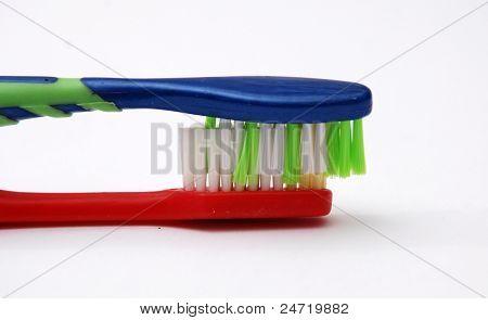 Cepillos de dientes en el amor