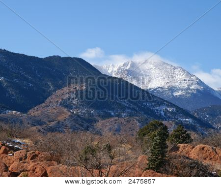 Colorado Pikes Peak Tighter View