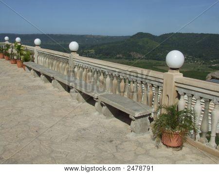 Vista del Valle de Yumurí desde balcón de Monserrate