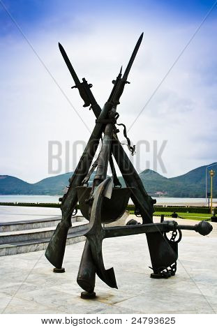 Guns, With Anchor