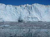 image of growler  - Situated  on Greenland west coast about 80km north of Ilulissat - JPG