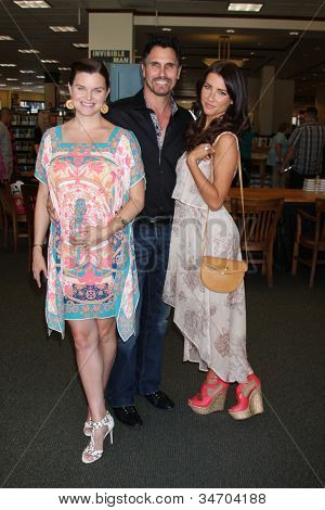 LOS ANGELES - JUL 8:  Heather Tom, Don Diamont, Jacqueline MacInnes Wood at the William J. Bell Biography Booksigning at Barnes and Noble on July 8, 2012 in Costa Mesa, CA