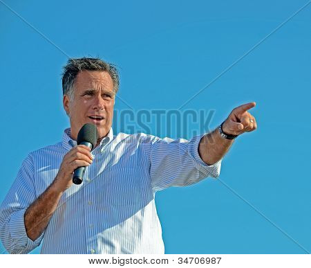 Mitt Romney campaigning in Michigan