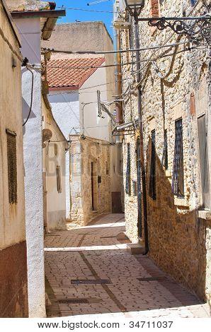 Alleyway. Pietramontecorvino. Puglia. Italy.