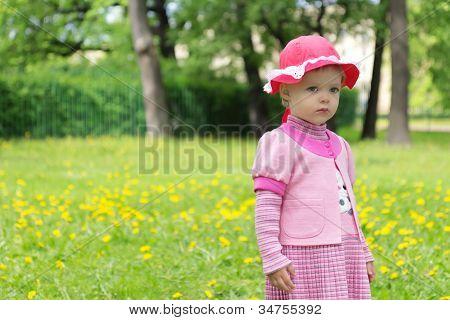 Sad Girl en Spring Park
