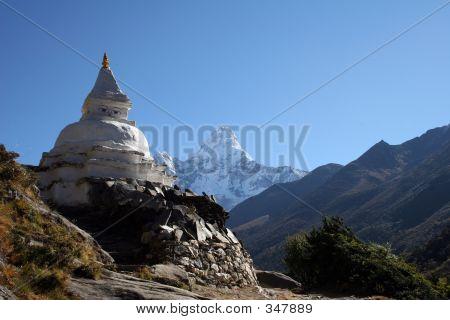 Buddhist Chorten - Nepal
