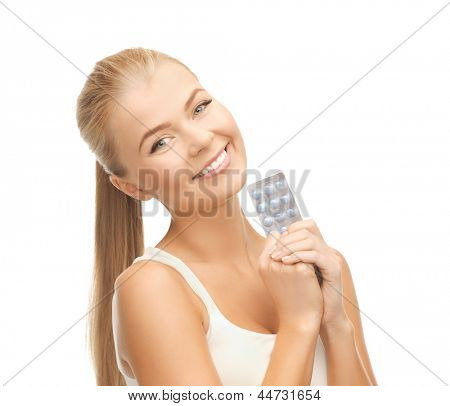picture of young woman with one pack of pills