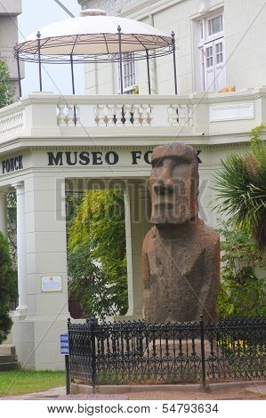 Moai statue in the front of Museo Fonck in Vina Del Mar, Chile