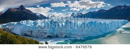 Perito Moreno Glacier, Patagonia, Argentina - Panoramic View
