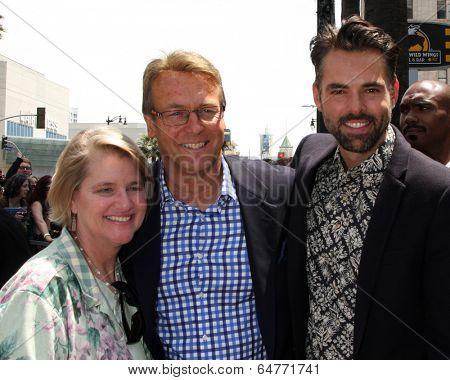 LOS ANGELES - MAY 9:  Cindy Fisher, Doug Davidson, Jason Thompson at the Rick Springfield Hollywood Walk of Fame Star Ceremony at Hollywood Blvd on May 9, 2014 in Los Angeles, CA