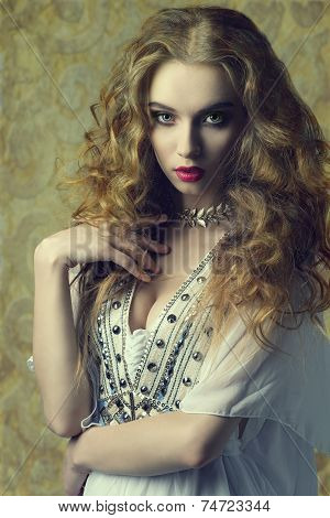 Woman With Antique Style