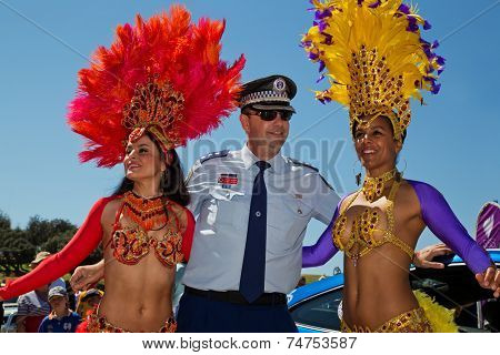 Lucky cop meets sexy Brazilian dancers