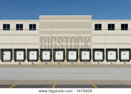 Trucking loading docks