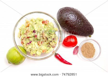 Guacamole and ingredients from