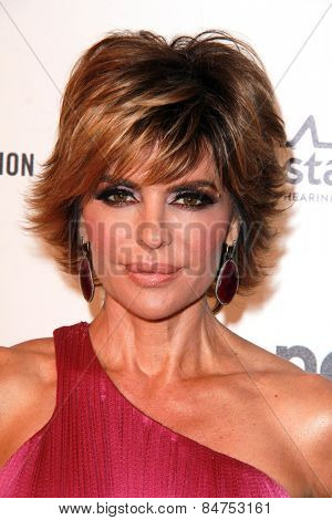 LOS ANGELES - FEB 22:  Lisa Rinna at the Elton John Oscar Party 2015 at the City Of West Hollywood Park on February 22, 2015 in West Hollywood, CA
