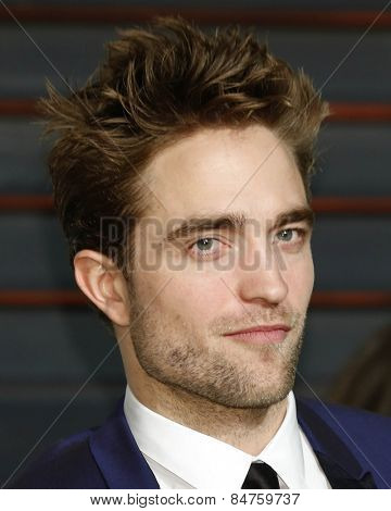 LOS ANGELES - FEB 22:  Robert Pattinson at the Vanity Fair Oscar Party 2015 at the Wallis Annenberg Center for the Performing Arts on February 22, 2015 in Beverly Hills, CA