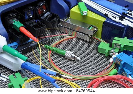 Fiber optical cables, cleaning and testing kit