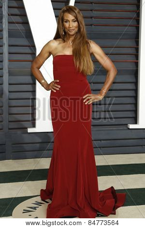 LOS ANGELES - FEB 22:  Beverly Johnson at the Vanity Fair Oscar Party 2015 at the Wallis Annenberg Center for the Performing Arts on February 22, 2015 in Beverly Hills, CA