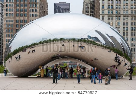 Cloud Gate and Chicago skyline. November 5, 2008 in  Illinois.