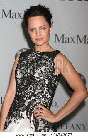 LOS ANGELES - JUN 16:  Mena Suvari at the Women In Film 2015 Crystal + Lucy Awards at the Century Plaza Hotel on June 16, 2015 in Century City, CA