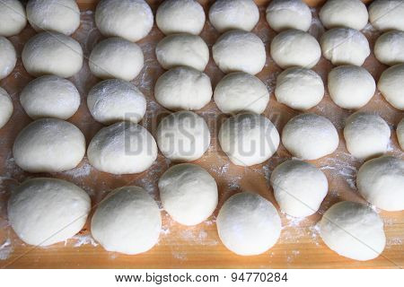 Prepare Czech Traditional Cakes