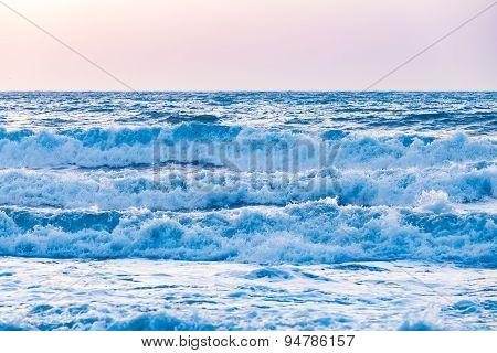 Sunset sunrise on the sea with beautiful waves