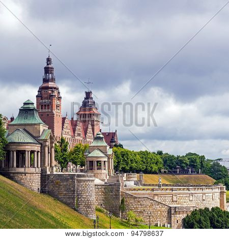 View On The Chrobry Embankment (waly Chrobrego) In Szczecin, Poland, Complex Of Terraces And Edifice