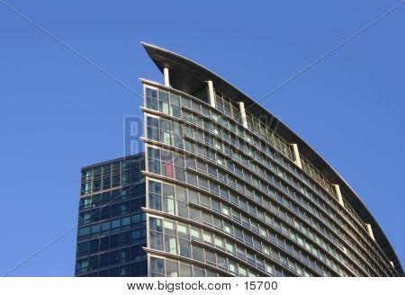 Canary Wharf Top