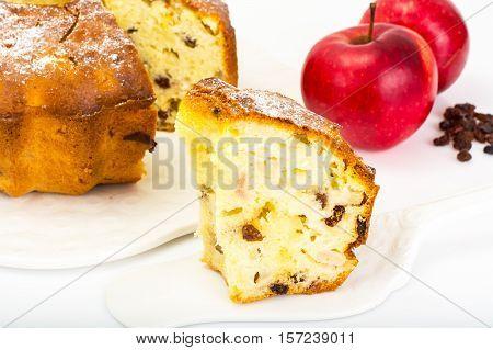 Cake with apples, pears and raisins. Studio Photo