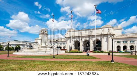 Union Station and the Columbus Fountain in Washington D.C. on a beautiful summer day