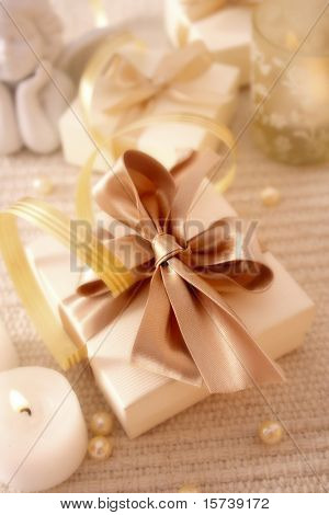 elegance gift box. best for theme: christmas