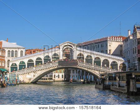the Rialto Bridge, the main and biggest bridge of Venice, popular landmark of Venice.