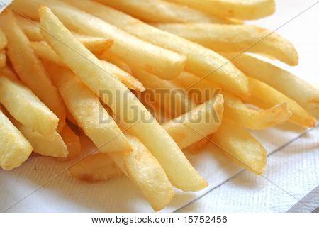 Pommes frites der ultimativen Fast-Food-Snack der Massen