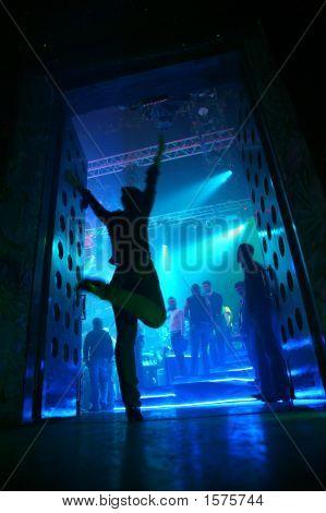 Enter To Night Club